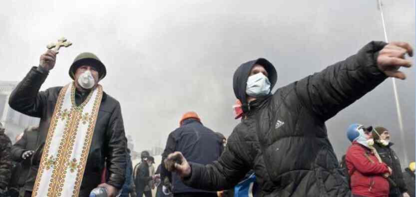 Погроми и верски ратови - Украјина у 21. веку