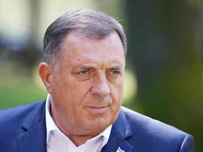 Додик: Не бирају средства да заштите злочин над Србима